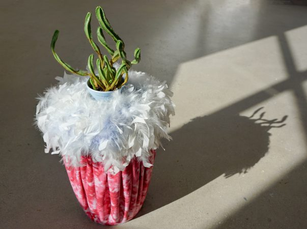 Worm Cozy Camo Plant Stand